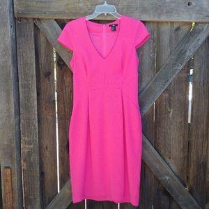 H&M Pink v-neck short sleeve dress